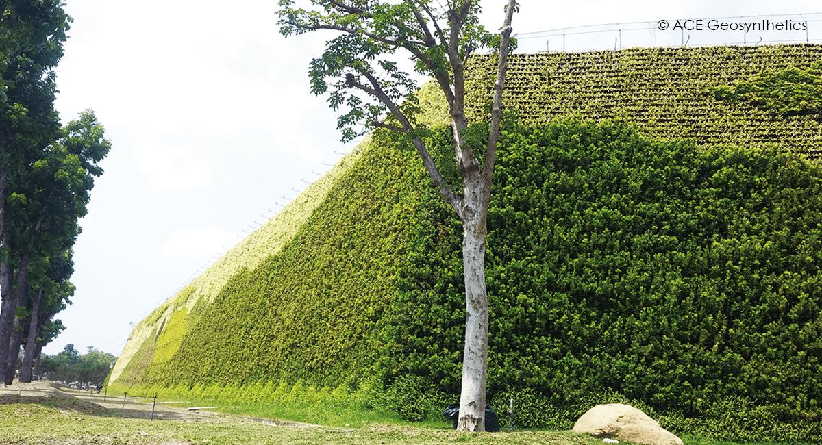 Projet d'agrandissement d'une digue de sol renforcée dans un site d'enfouissement de décharge de classe B, Taïwan